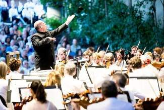 Jaap van Zweden conducts the Dallas Symphony Orchestra on June 28th in Vail.
