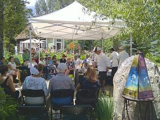 Guests enjoy a Chefs in the Gardens cooking demonstration that took place earlier this season.