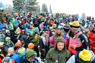"""Five inches of fresh snow drew in the crowds and brought out the smiles at Vail's closing day on Sunday. Alpine adventurers young and old banded together to send off the 2014/15 season in style during the annual """"4 at 4"""" celebration."""