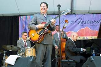 John Pizzarelli and his quartet return to Jazz at Vail Square tonight from 6 to 8 p.m. Tickets are nearly sold out.