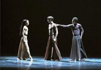 "Peiju Chien-Pott, Lloyd Mayor and Lorenzo Pagano in Andonis Foniadakis' ""Echo."""