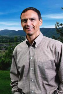 Dr. Dennis Lipton, Internal Medicine specialist at Vail Valley Medical Center
