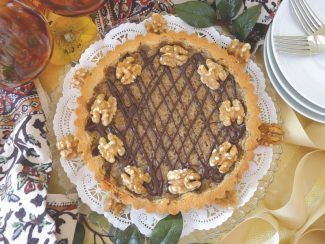 The secret to the success of this tart lies in using the best, freshest ingredients you can find, and a gentle approach. Don't overwork the tart dough or over-beat the filling mixture.