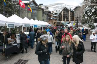 VAIL: AROUND TOWN — The streets of Vail Village bustle with people during the 13th annual Colorado Lamb Cook-Off and Aprés Ski Tasting on Thursday, March 31, part of the Taste of Vail culinary festival. A total of 29 local restaurants participated in this year's Taste of Vail.