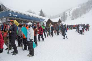 VAIL: ON THE MOUNTAIN — The line for Gondola One stretches out of the maze and toward the mountain earlier this season as the news of fresh snow summons many skiers and riders to get an early start. At press time, Vail Mountain had recieved a season total of 321 inches, or 26.75 feet, of snow.