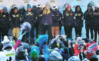 In our crystal ball, Lindsey Vonn will make it a speed sweep in the downhill and super-G in at the FIS Alpine World Ski Championships, which start next week in Beaver Creek.