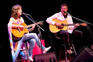 Amy Grant, Vince Gill bring rare duo to