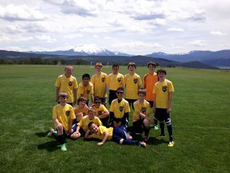 Congratulations to Ben Marion's VVSC division champions! His U11-12 team had an amazing and successful season. If you see these boys, give them a high-five: Ian, Braulio, Sylas, Jordan, Henry, Alexander, Ben, Tanner, Jake, Gustavo, Mario, Nico, Brandon and Fabio. Way to go, boys!