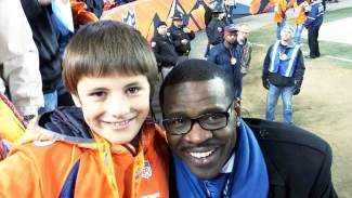 One Christmas wish comes true for Luke Berger with the gift of a lengthy visit, football and life advice and photo from Michael Irvin, Dallas Cowboys Hall of Fame receiver. Now for wish No. 2, a Superbowl win for the Denver Broncos. Thank you Mr Irvin, for making it a very special night for a very special young man.