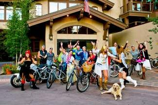 Join The Fitz Lounge at Manor Vail Lodge tonight from 5 to 8 p.m. for the return of the second annual Vail Villages Cruiser Crawl. This free summer series takes bicyclists on a five-mile loop with libation hydration stops at The Fitz (5-6 p.m.), El Sabor (6-7 p.m.) and Atwater on Gore Creek at Vail Cascade Resort (7-8 p.m.). Prizes will be awarded with the opportunity to win a Trek Cruiser Bike. Call 970-476-4959 for more information.