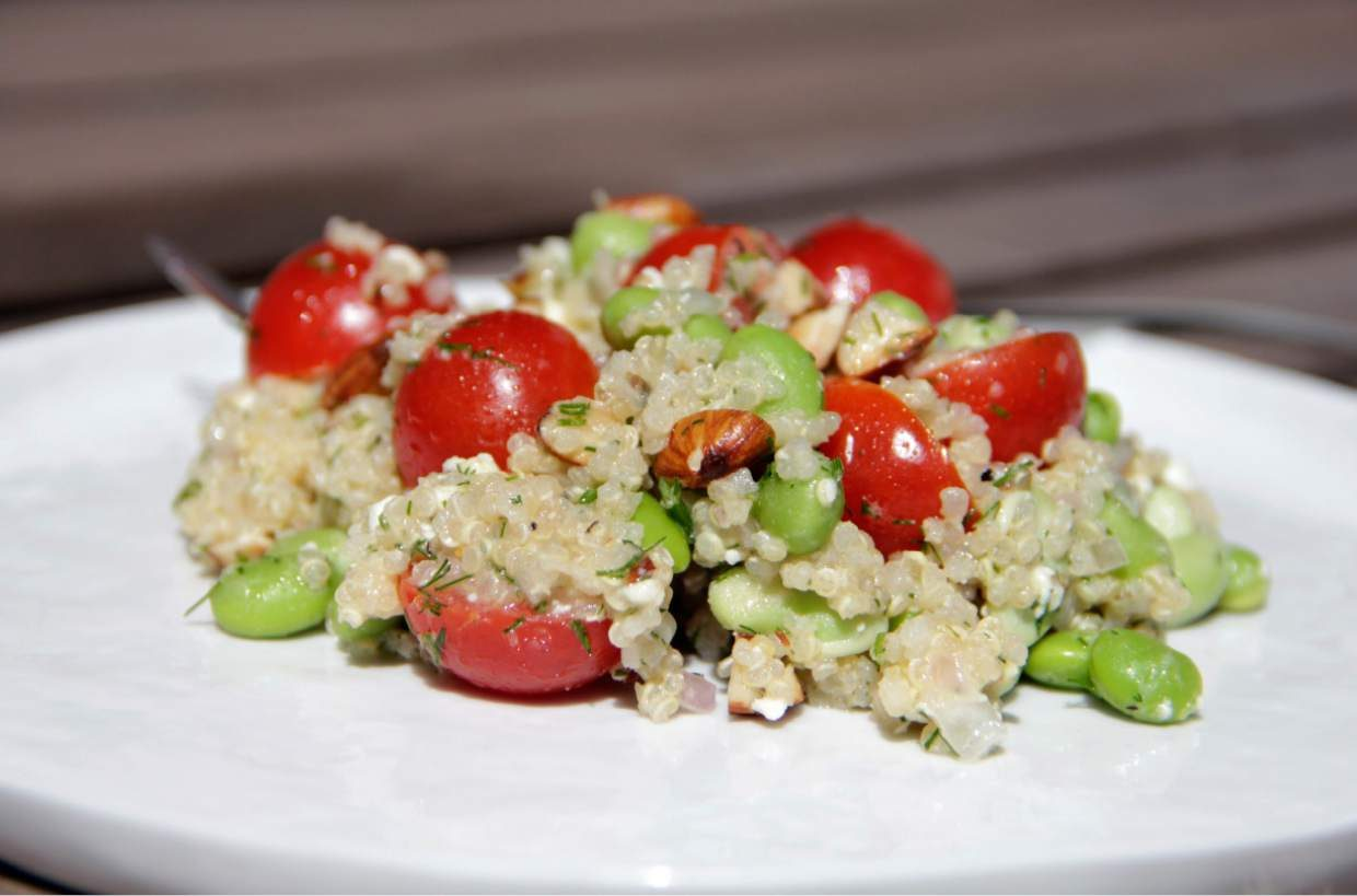 Vail food feature edamame quinoa salad with tangy for Cuisine quinoa