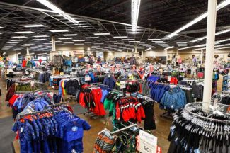 "Sun & Ski will expand its product line this fall to include a full line of ski and snowboard gear. ""Connecticut's active outdoor enthusiasts and proximity to some of the best skiing in the Northeast made Avon a natural fit for our newest store,"" said Sun & Ski Sports CEO Barry Goldware."