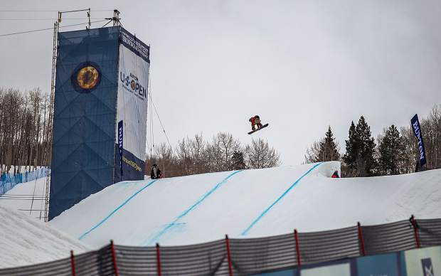 The Burton U.S. Open Snowboard Championships began Monday with pratice laps, and today features the Junior Jam halfpipe competition at 10:30 a.m.