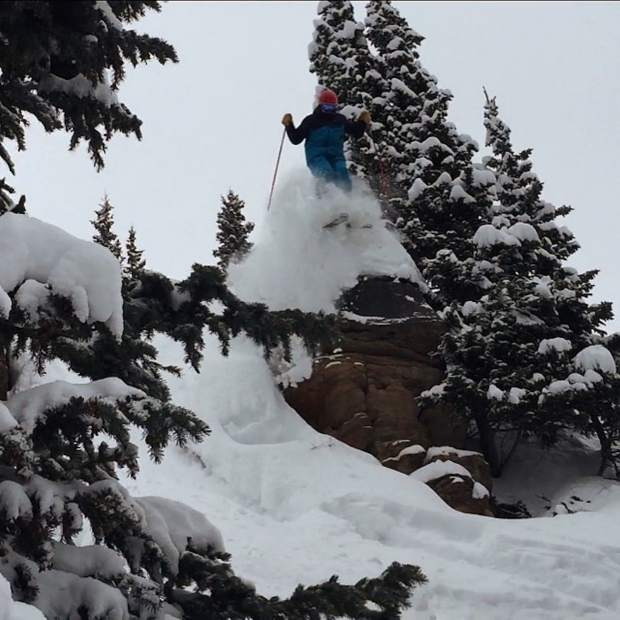 @johnny_crawfish: @dustindyar teaching the Vail crew how to properly enjoy a powder day! #VailLive