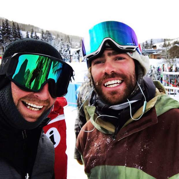 @syndicatetm: @burtonsnowboards U.S. Open starts this week in Vail. Reminds me of that time I was stalking @travelindan doing laps in the park. Pretty sure he was impressed with my shifty. #VailLive