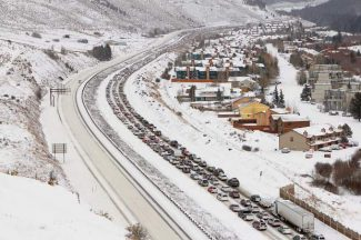 CDOT tells travelers to stay off I-70 through mountains