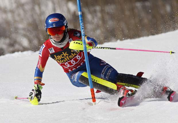 United States' Mikaela Shiffrin skis during the first run of a women's World Cup slalom ski race Saturday, March 18, 2017, in Aspen, Colo. (AP Photo/Nathan Bilow)