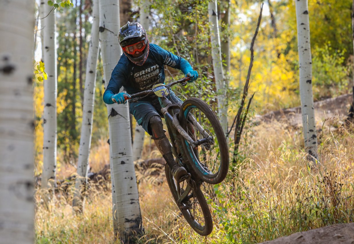Riders make their way down Mane Lane for the RockShox Enduro for the Outlier Offroad Festival Sunday, Oct. 1, in Vail.