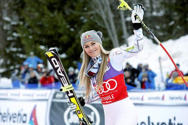 Lindsey Vonn takes first step towards racing men