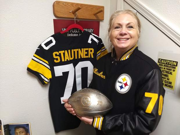 Vail celebrates Ernie Stautner s presence in Pittsburgh Steelers ... 635411c953