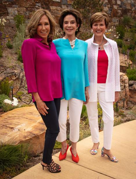 Brenda Buglione, Elaine Kelton and Beth Slifer in Nina McLemore.