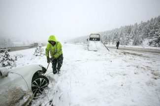 Most Car Rental Companies Don T Offer Snow Tires Can T Guarantee