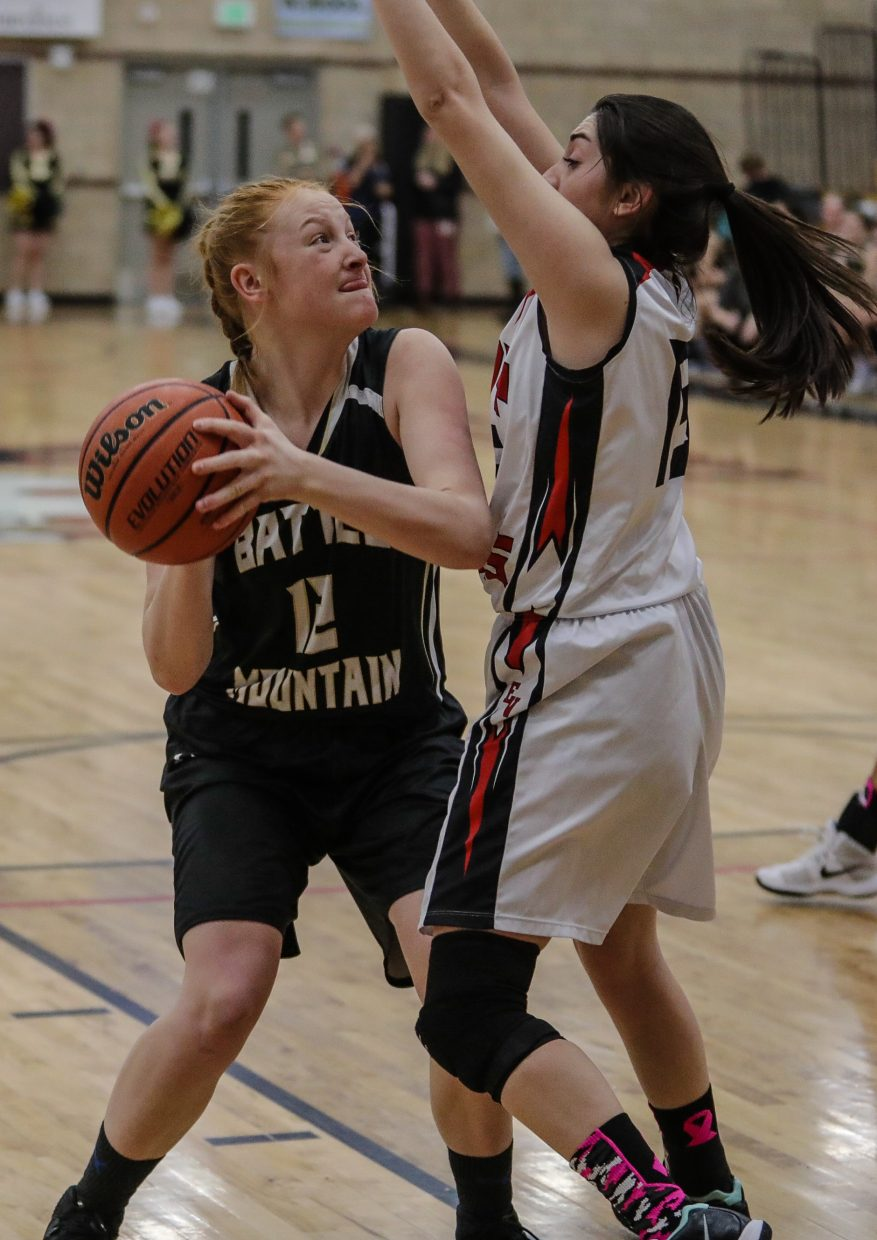 Battle Mountain's Eleanor Sheahan moves the ball during the Huskies' win against Eagle Valley on Tuesday in Gypsum.