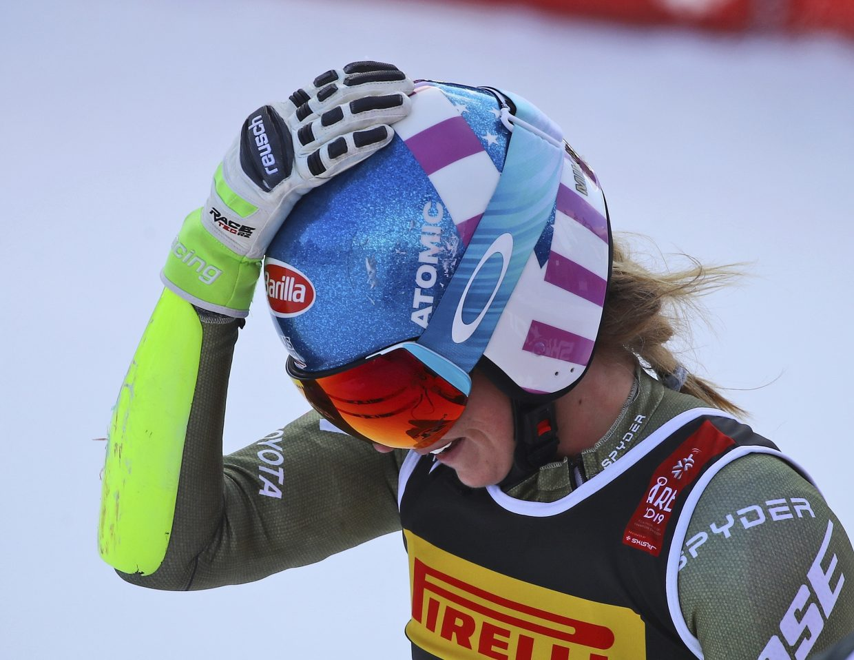 Mikaela Shiffrin continues to move into elite company with four gold medals in her career at the FIS Alpine World Ski Championships.