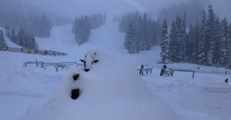 Storm closes Arapahoe Basin Ski Area, delays Copper Mountain start, limits Breckenridge terrain