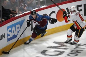 Matt Calvert out of the lineup for Avalanche in Game 3