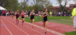 Battle Mountain's Lizzie and Naomi go 1-2 in 1,600