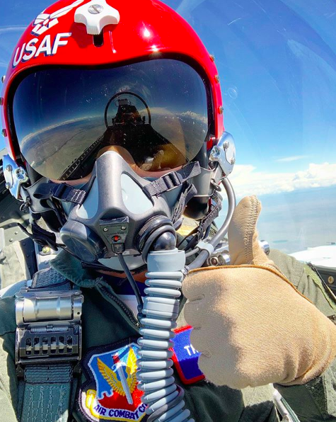 Mikaela Shiffrin flies with US Air Force Thunderbirds