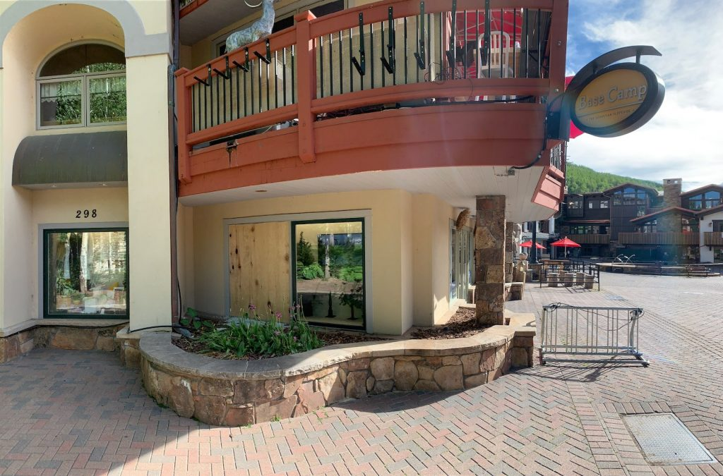 $5,500 bike stolen in smash and grab from Vail Village store