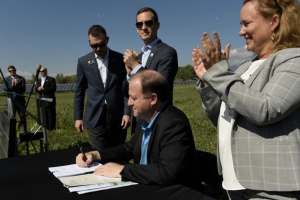 Gov. Polis signs 7 bills on renewable energy, but what does that mean for Colorado's energy future?