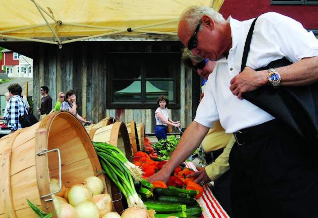 The Minturn Market and Vail Farmers Market and Art Show return this weekend.