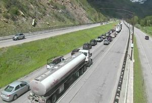 I-70 backs up due to road work on Vail Pass