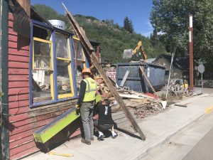 Old Mountain Pedaler building on Main Street in Minturn comes down