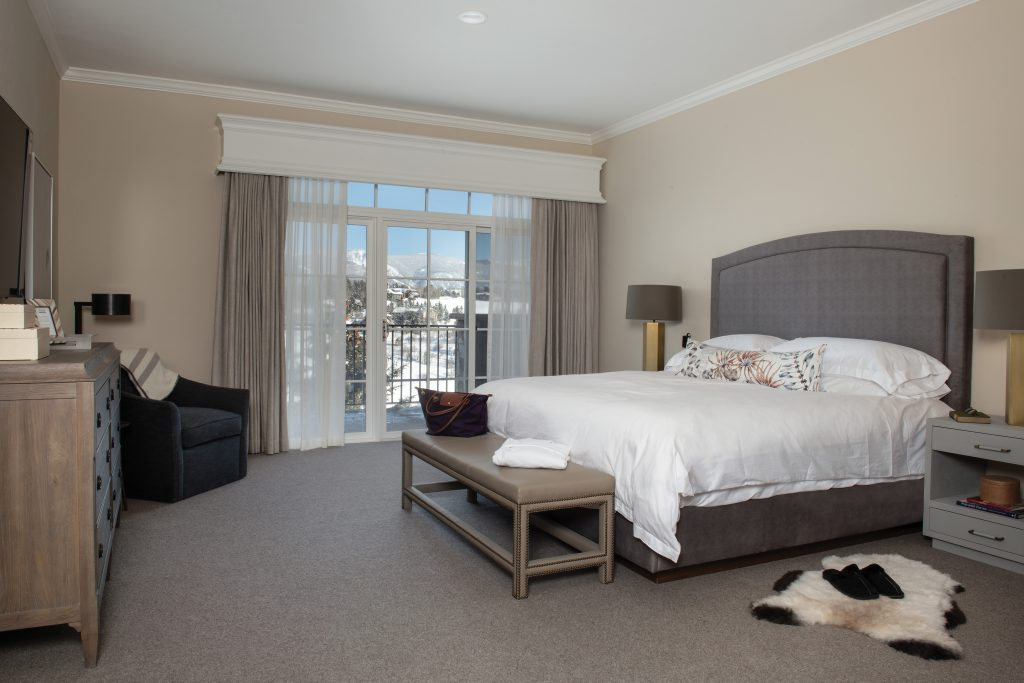Private rooms at All Points North Lodge resemble five-star luxury hotel accommodations.