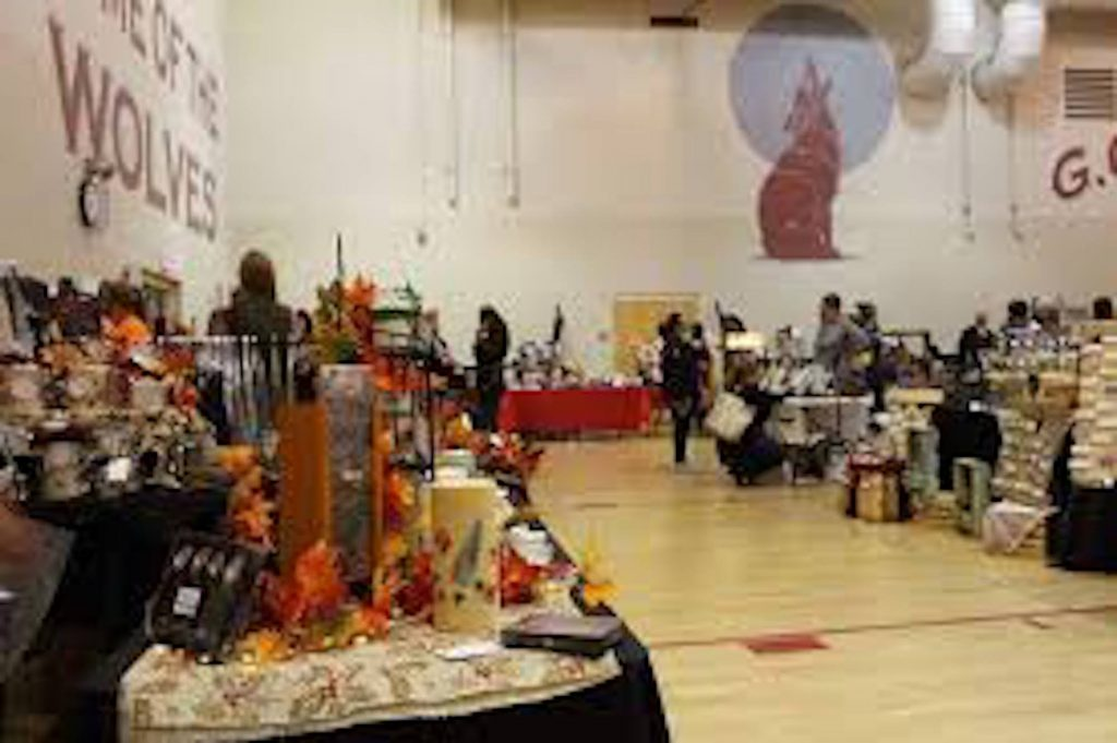 It's holiday craft season in the Eagle Valley. Last weekend the Holiday Market and Artisans Fair was hosted at Gypsum Creek Middle School. This Saturday the Craftsman's Christmas Market is at Brush Creek Elementary. Next week the Winter Market and Holiday Fair takes place at the Eagle River Center.