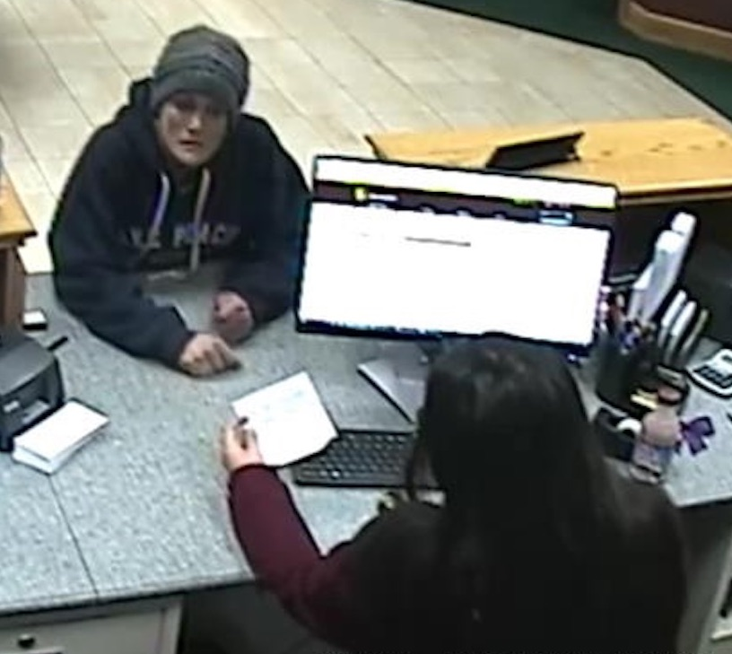 Karen Hyatt walked into Wells Fargo at 9:02 a.m. May 1, 2019, and handed tellers a note demanding cash. She walked out with $9,734. Three minutes later she did the same thing in US Bank, but walked out empty handed.