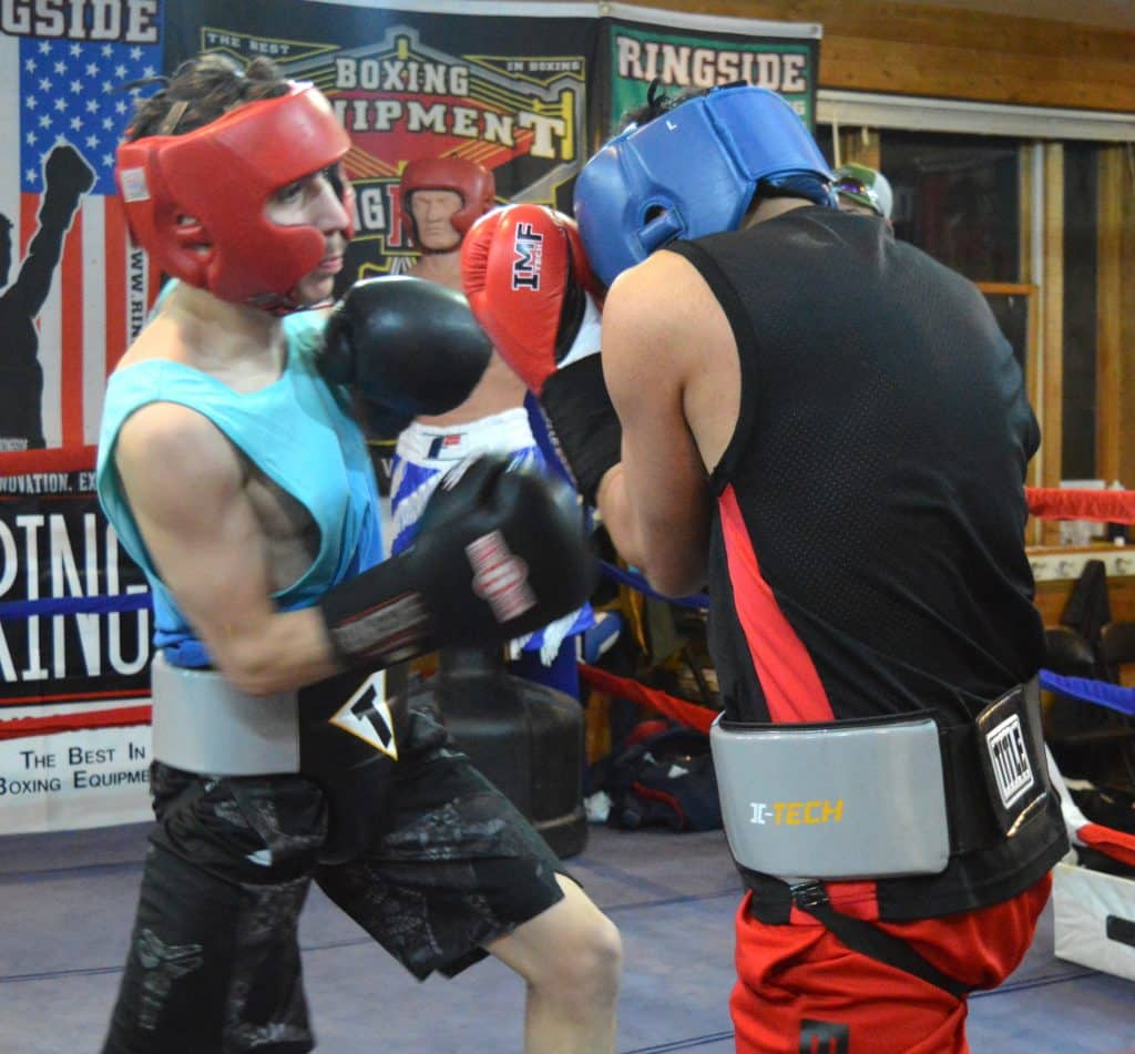 Edgar Morales returns to the state Golden Gloves tournament.