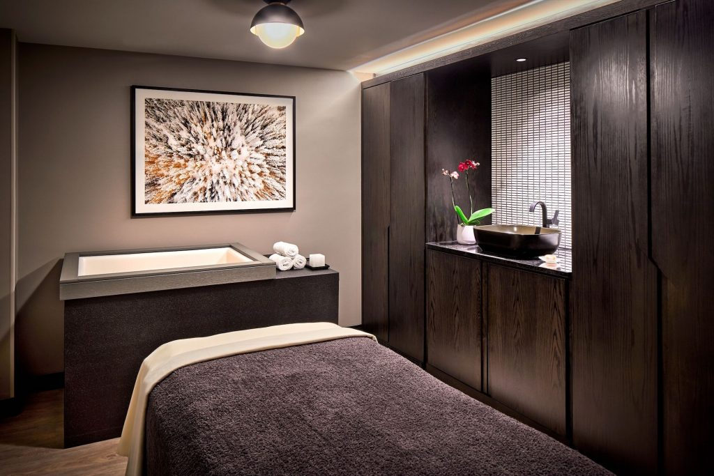 Treat mom to an e-gift card that can be delivered right to her email inbox for spa services at Well & Being Spa at Vail Marriott Mountain Resort.