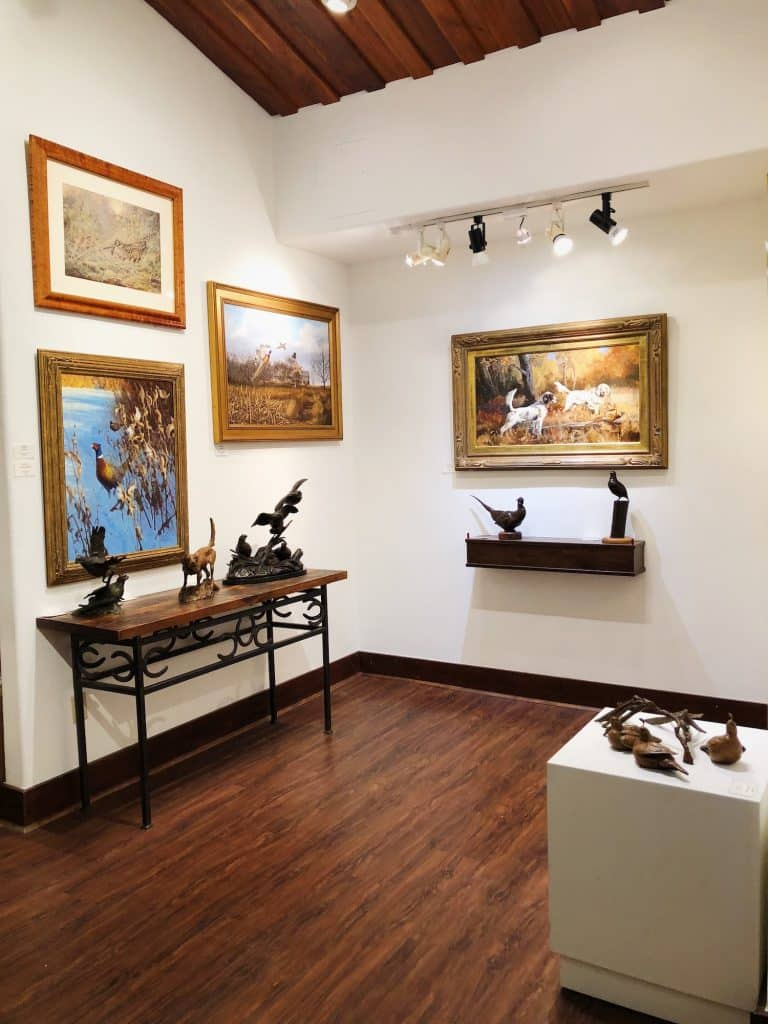 The gallery focuses on the finest in sporting and wildlife art from the 19th century to today.