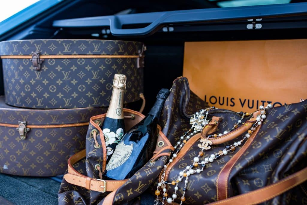 The Vintage Contessa and Times Past has paired up with the Vail Daily to do an Instagram giveaway. One lucky follower will win one vintage Louis Vuitton duffle bag valued at approximately $1,000 from Vintage Contessa and Times Past.